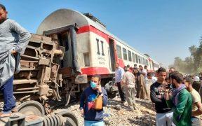 Al menos 32 muertos en Egipto tras choque de trenes
