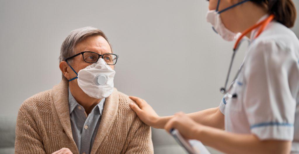 CDC publican nueva guía para centros de cuidados de adultos mayores
