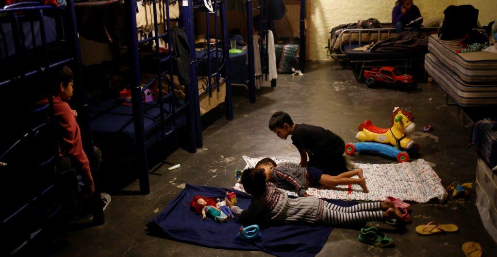 Estados Unidos alienta reunificación de familias con niños migrantes centroamericanos