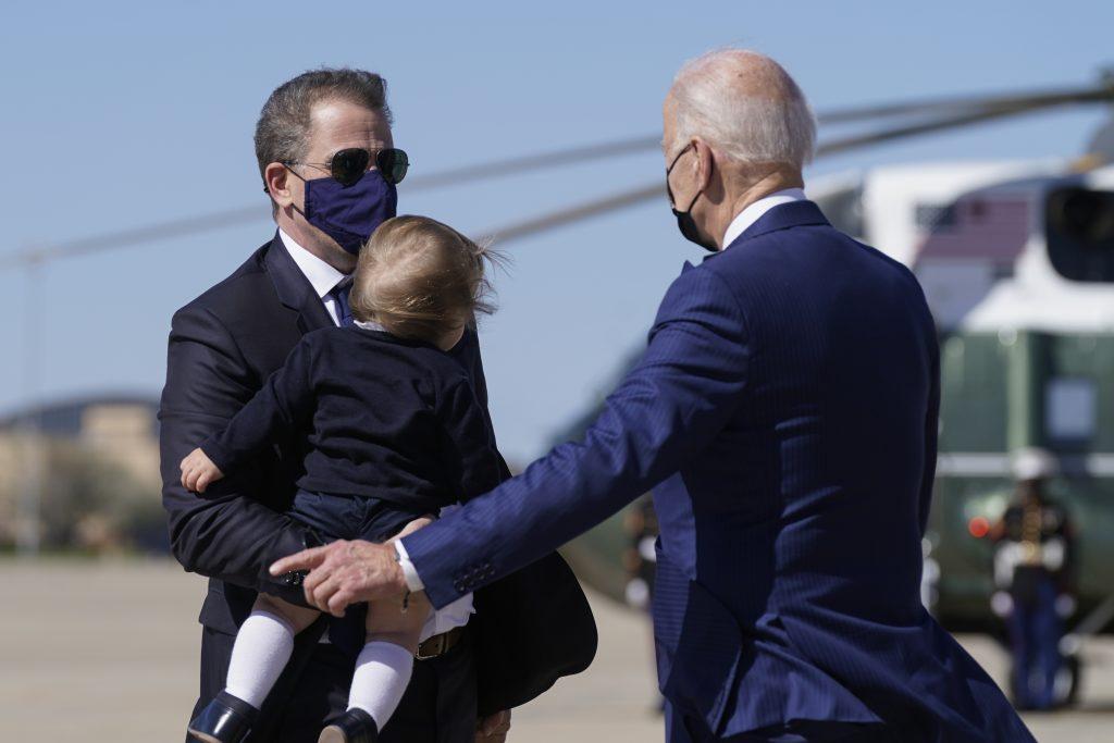 "Hijo de Biden dice estar ""100% seguro"" de que será absuelto de investigación fiscal"