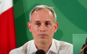 """En caso de vacuna vacía no se descarta """"desde un error humano hasta un montaje"""" y puede tener consecuencia penal: López-Gatell"""