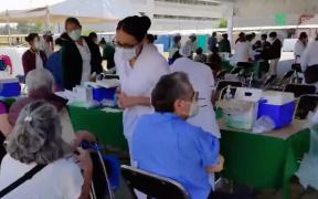 """IPN ofrece """"disculpas"""" por caso de vacuna vacía; defiende que fue un """"error humano"""""""