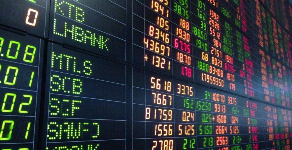 BMV cae por toma de ganancias tras repunte del lunes