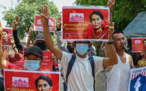 Ejército de Birmania atacan pueblo que resistió el golpe de Estado