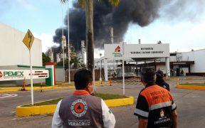 Reportan explosión e incendio en refinería Lázaro Cárdenas, en Veracruz