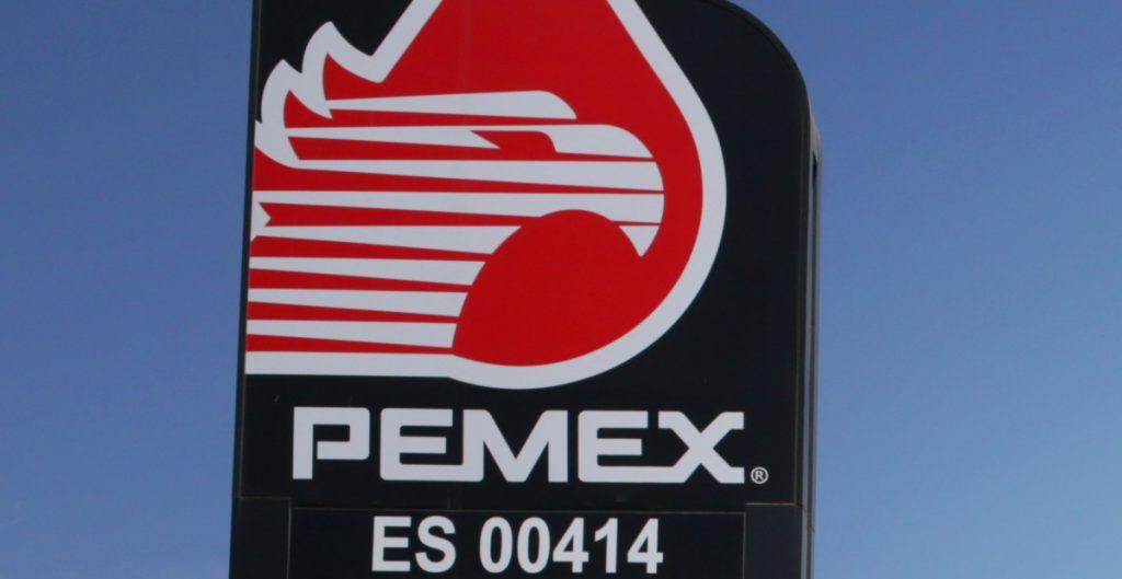 Pemex y América Móvil lideran vencimientos de bonos en América Latina, según Fitch Ratings