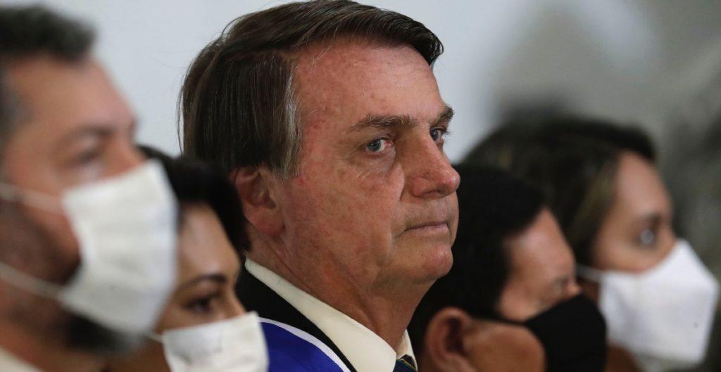 Bolsonaro rechaza imponer confinamiento contra Covid-19 en Brasil