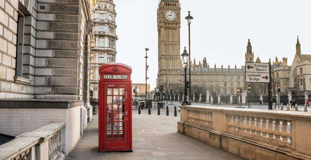 """Reino Unido alcanzará la """"inmunidad de rebaño"""" el 12 de abril, según Universidad de Londres"""