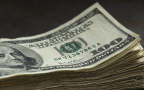 Dólar baja a su menor cotización desde el 15 de febrero
