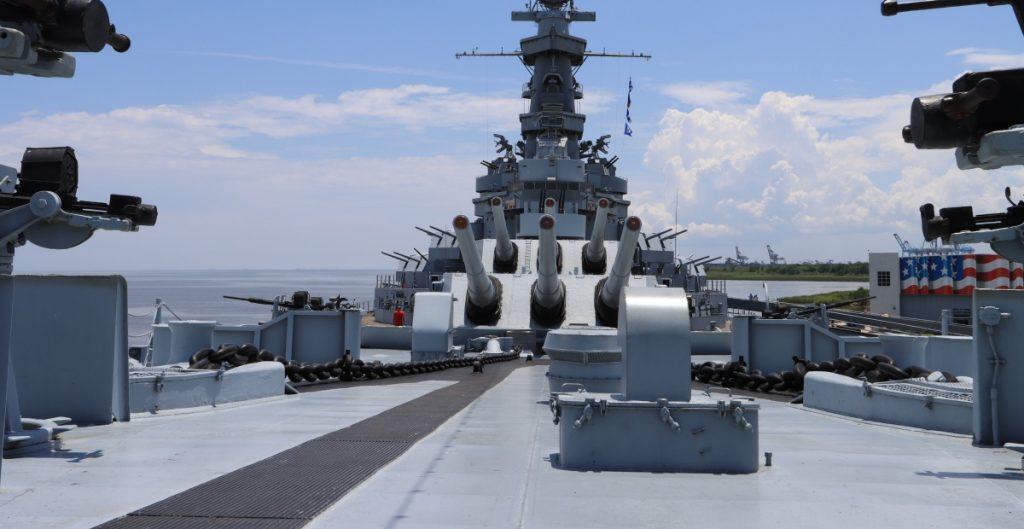EU considera enviar buques de guerra al Mar Negro en medio de tensiones entre Rusia y Ucrania