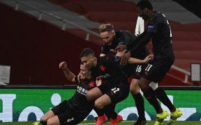 Slavia Praga celebra el milagroso empate en casa del Arsenal. Foto: EFE