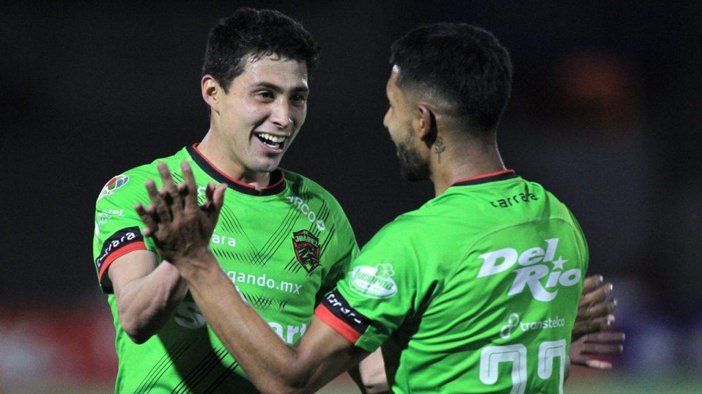 Francisco Contreras celebra el segundo gol de FC Juárez. Foto: Mexsport