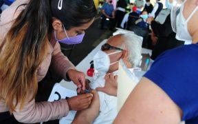 """Esconden información del plan de vacunación: el gobierno lo clasifica como """"asunto de seguridad nacional"""""""
