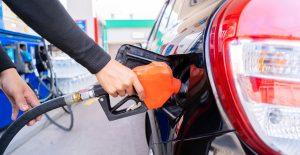 Precio promedio de las gasolinas en México sigue en 20.57; Premium, la más cara, en 22.36