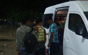 Localizan a 149 migrantes centroamericanos a bordo de autobús en Veracruz