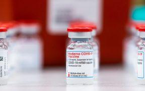Vacuna de Moderna sigue siendo más del 90% efectiva seis meses después de segunda dosis