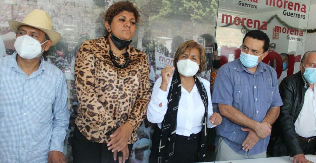 Militantes de Morena en Guerrero toman sede por candidaturas