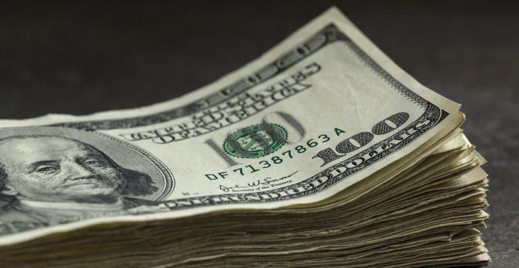 Remesas alcanzan cifra récord de 4 mil 152 mdd en marzo, revela Banxico