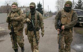 EU acusa a Rusia de acercar 25 mil militares a la frontera con Ucrania