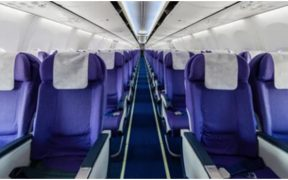 Cerca de 10 mil aeronaves de pasajeros siguen detenidas en el mundo por pandemia