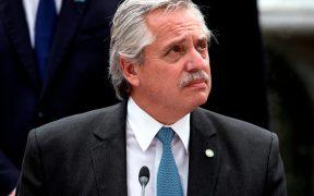 Presidente de Argentina recibe alta médica tras padecer Covid-19