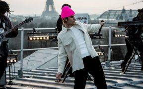 Justin Bieber revela que por las drogas sus guardaespaldas revisaban su pulso mientras dormía