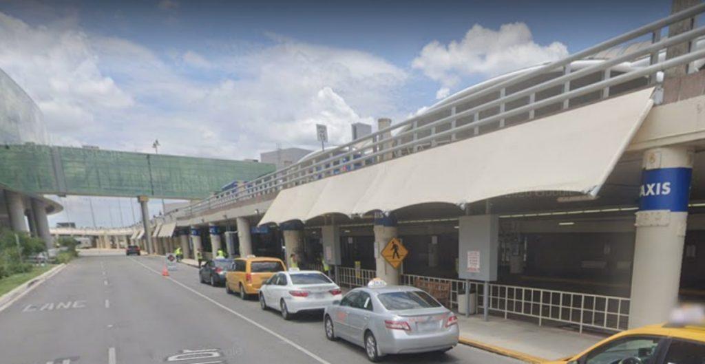 Cierran el aeropuerto de San Antonio, Texas, por reporte de tiroteo