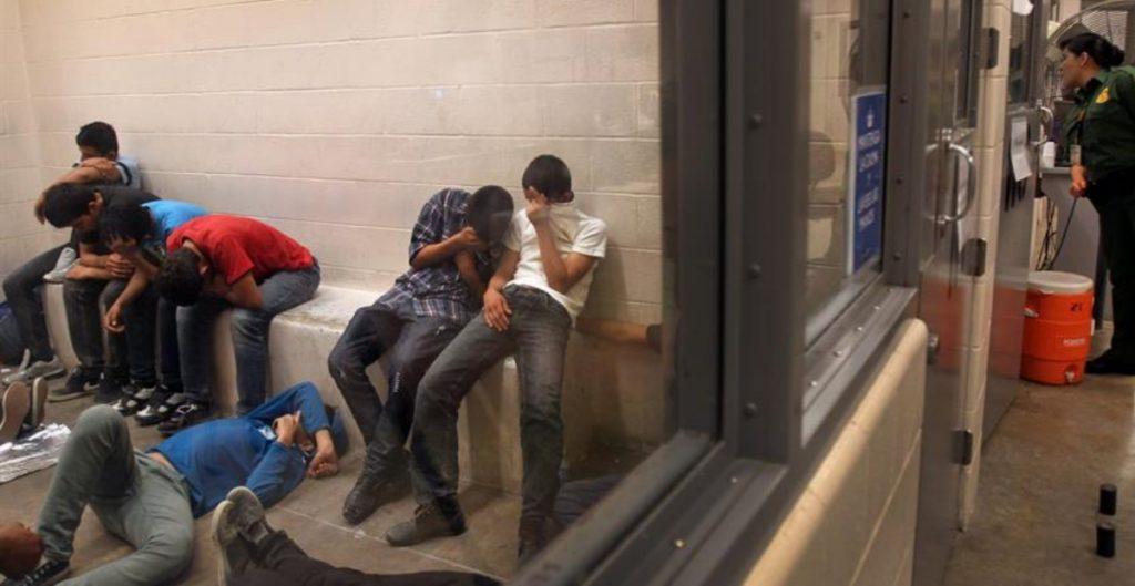 Illinois restringe acciones del ICE contra migrantes en instalaciones policiales del estado