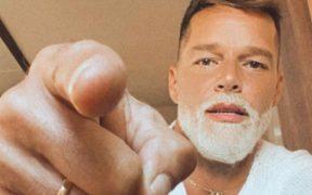 Ricky Martin y el Dr. Fauci invitan a latinos a vacunarse durante los Latin AMAs