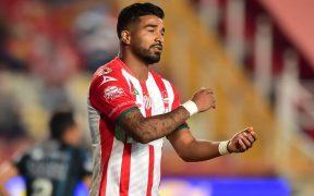 Mendoza reacciona tras fallar el penalti. Foto: Mexsport