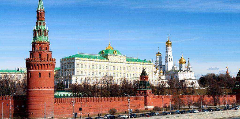 Rusia expulsa a diplomático ucraniano por espionaje; Ucrania revira de la misma manera