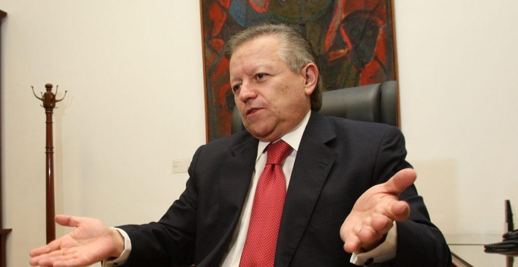 ministro zaldívar corte