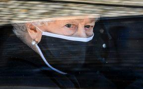"""Sin celebración, Reina Isabel II agradece """"apoyo y amabilidad"""" en su cumpleaños 95"""