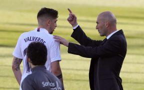 La baja de Valverde afectará los planes de Zidane. (Foto: EFE).