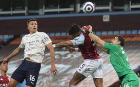 Rodrigo sorprendió al portero Martínez con este cabezazo para el 1-2 del City. (Foto: Reuters)