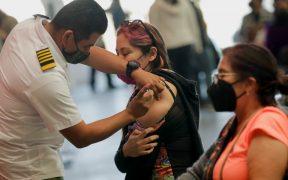 Estudiante normalista se hace pasar por maestra para ser vacunada contra Covid-19 en Veracruz