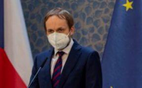 República Checa anuncia la expulsión de diplomáticos rusos en reacción a supuestos actos terroristas