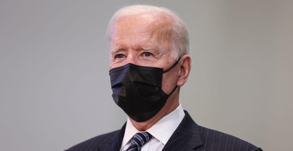 "Texas demanda a Biden por ""alentar propagación del coronavirus"" con políticas migratorias"