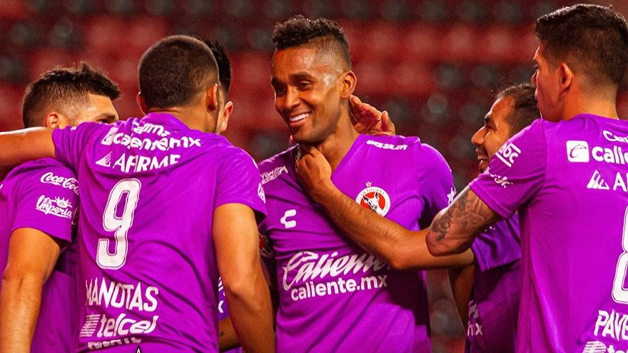 Martínez marcó un gol vital para Xolos en el debut de Siboldi. (Foto: @Xolos).