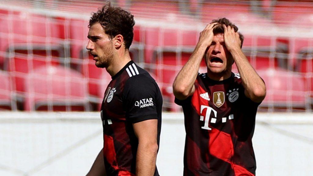 Thomas Müller lamenta la derrota del Bayern ante Mainz. (Foto: Reuters).