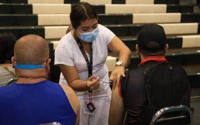 Comienza la vacunación a maestros en Aguascalientes, Baja California, Jalisco, Nuevo León y Oaxaca