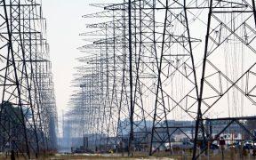 EU anuncia plan de más de 8 mil mdd para mejorar la red eléctrica