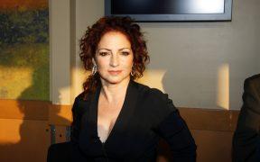 Preparan el remake latino de 'El padre de la notivia'; Gloria Estefan, Isabel Merced y Andy García, en el elenco
