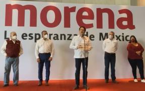 Mario Delgado llama a morenistas a no perder el ánimo; presenta a nuevo candidato en Michoacán
