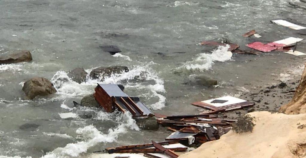 Ya son cuatro muertos en el naufragio de bote con presuntos migrantes en San Diego, asegura la Guardia Costera