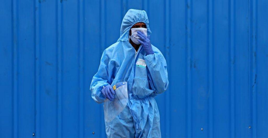 Casos semanales de la Covid-19 bajan por primera vez desde febrero en el mundo: OMS