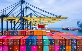 EU gasta 274.5 mmdd en importaciones en marzo, un aumento del 6.3%