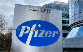 vacuna-covid-pfizer-ventas-primer-trimestre-reporte-2021