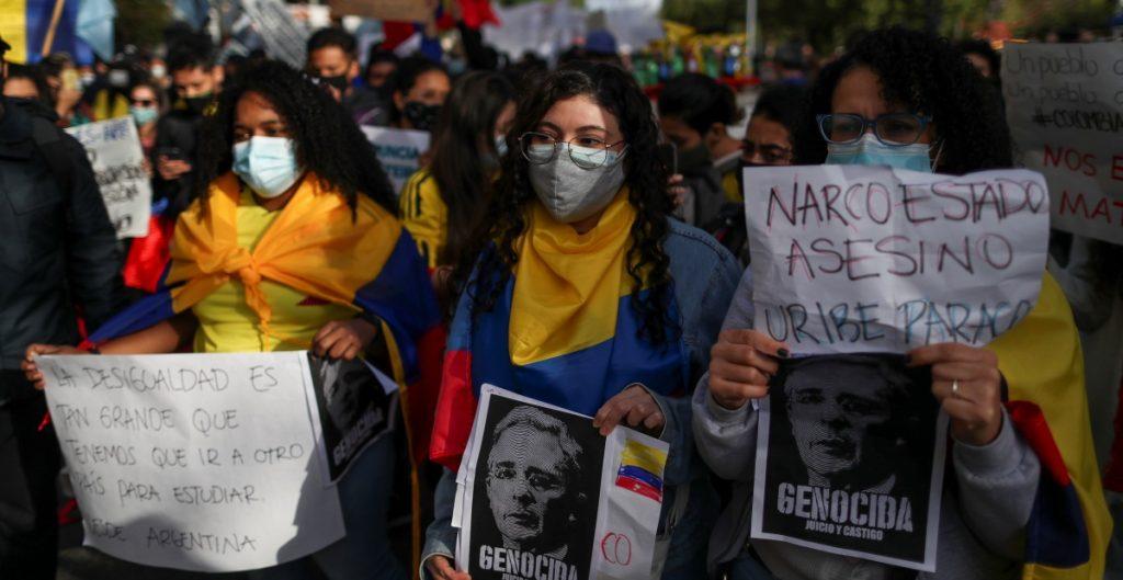 EU pide diálogo a Colombia para evitar más muertes en protestas