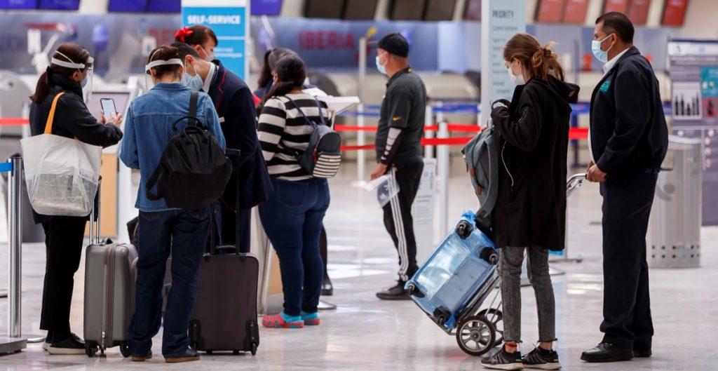 Israel prohíbe entrada a viajeros que lleguen desde México por temor a variantes de Covid-19